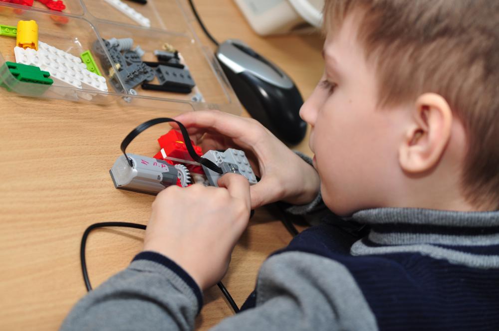 ДТШ «ЛЕГОКОМП»: чему учатся дети 21 века?